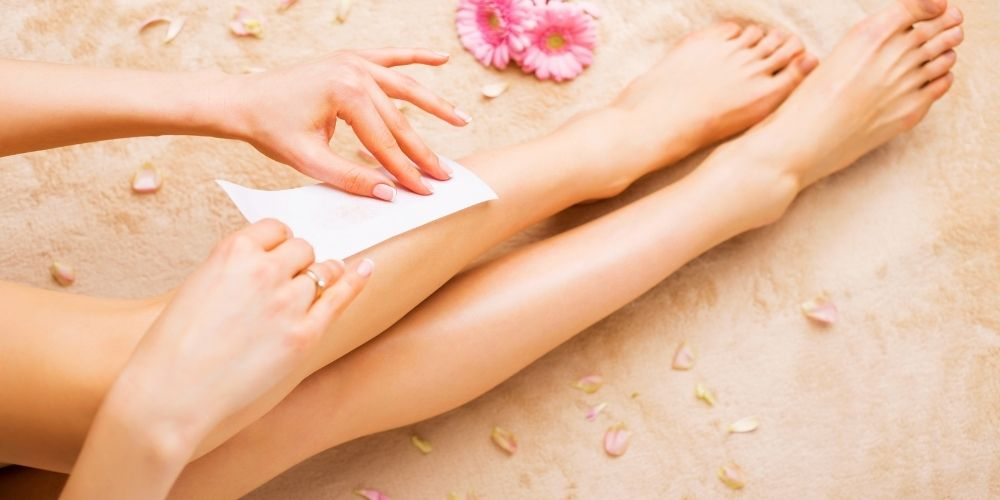 Full body waxing (with Bikini)